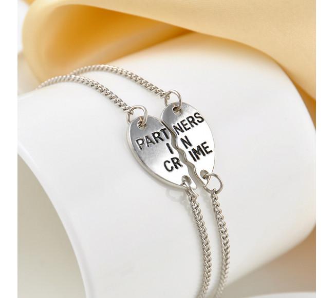 Bracelet couture en forme cœur