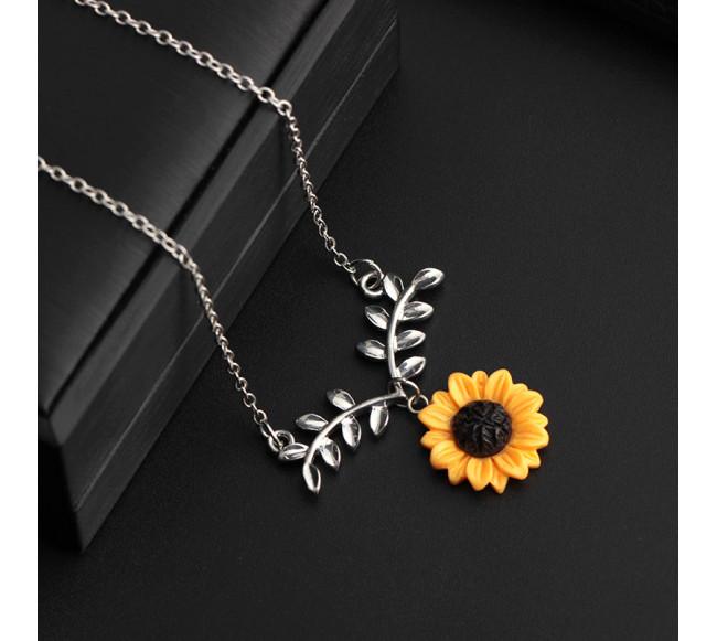 """Collier pendentif """"fleur"""""""